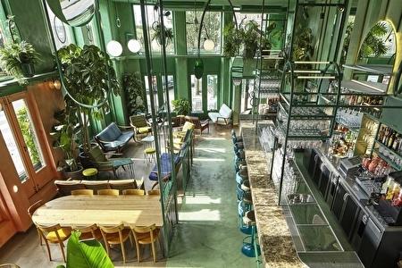 Bar Botanique 1